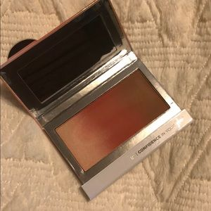 IT! Cosmetics Confidence In Your Glow